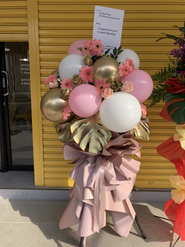 Balloon Flowers Stand (Gold and pink )