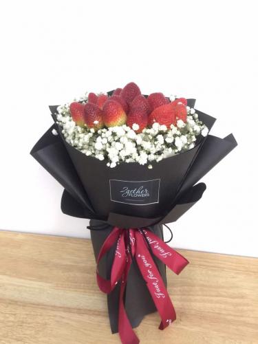 Strawberry baby breath Bouquet