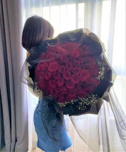 LOVE YOU TILL THE END OF WORLD (99 ROSES)