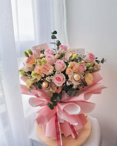 Roses with Ferrero Rocher bouquet