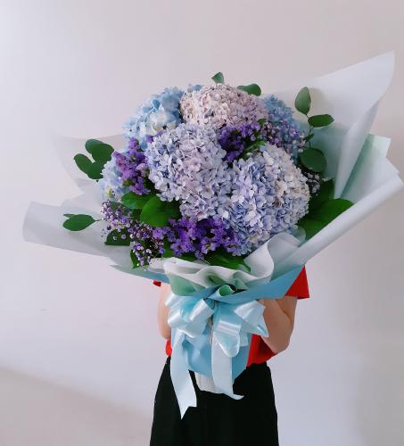 Huge Hydrangeas Bouquet