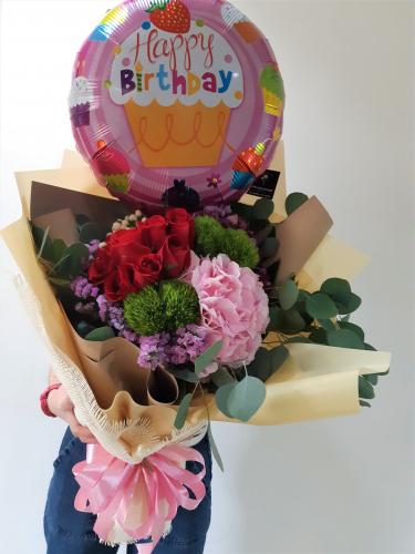 Huge Size Birthday Bouquet - Roses & Hydrangeas