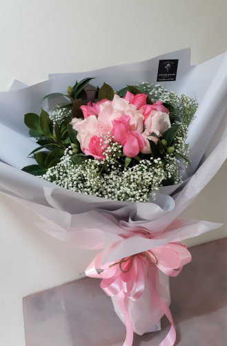 Huge Pinky Roses + Baby Breath Bouquet