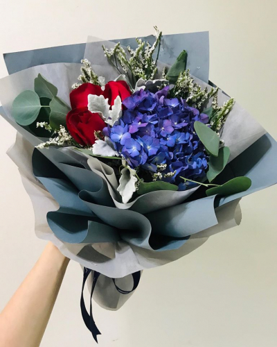 Hydrangeas And Roses Bouquet 001