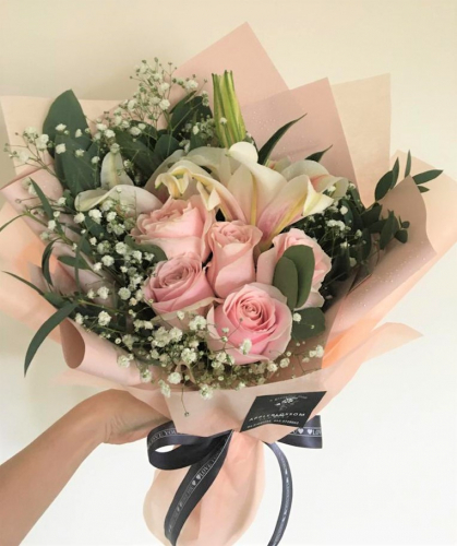 Pink Roses With Lilies