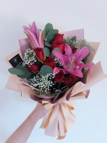 Lilies & Red Roses Bouquet