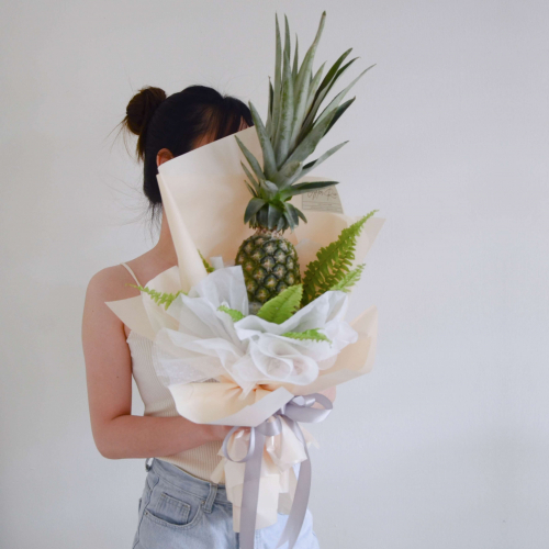 Pen-Pineapple Buah Bouquet