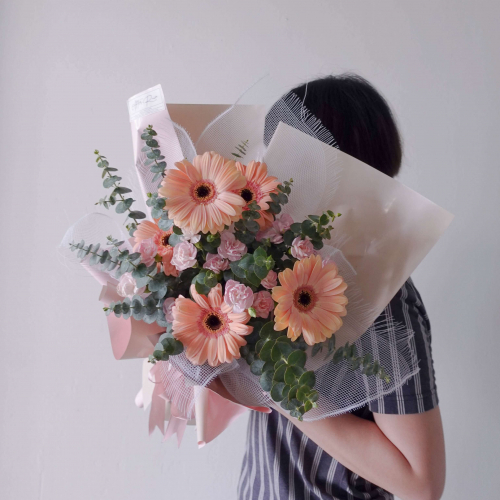 [Mother's Day Flower 2021] Gerbera Mixed Spray Carnation Flower Bouquet