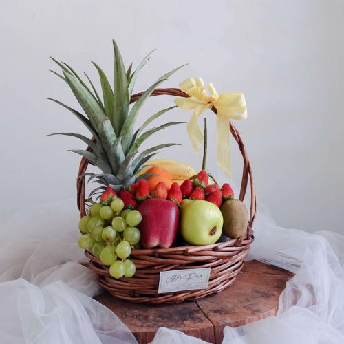 Medium & Premium Fruit Hamper Basket