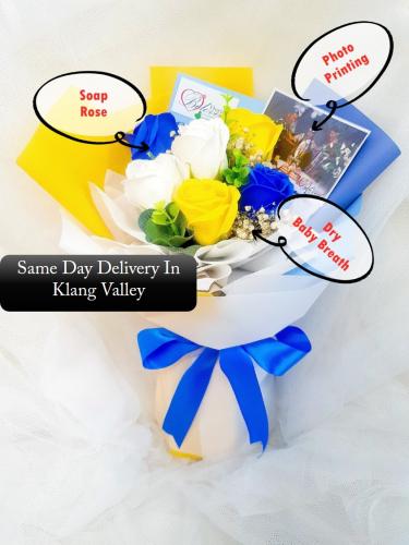 Blue Mix Soap Flower Bouquet