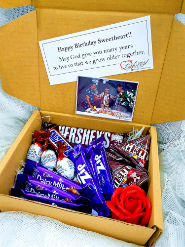 Chocolate Suprise Gift Box 02 ~ Nationwide (COURIER DELIVERY)