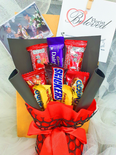 Chocolate bouquet in a box ~ Nationwide (COURIER DELIVERY)