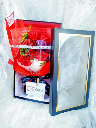 Red Soap Flower Bouquet In Box