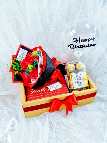 Soap Rose Bouquet With Ferrero Rocher Balloon in Box