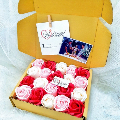 Soap Rose Gift Box ~ Nationwide (COURIER DELIVERY)