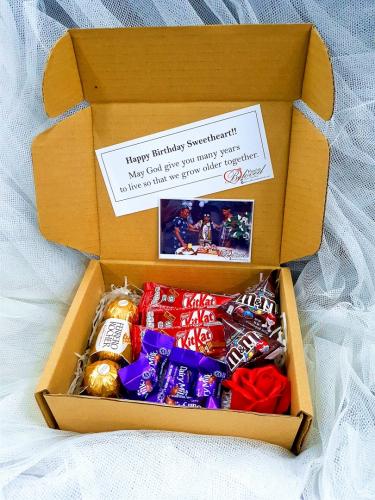 Chocolate Suprise Gift Box 01
