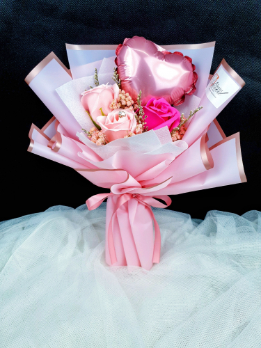 Pink Soap Rose With Mini Balloon Bouquet