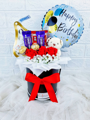 Soap Roses Mix Chocolate Bear With Balloon Box