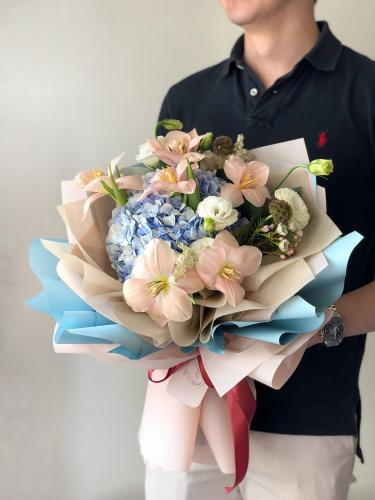 Fleurever Blush Flower Bouquet