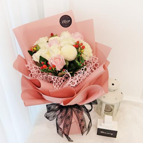 Korea Style 14 Flower Bouquet