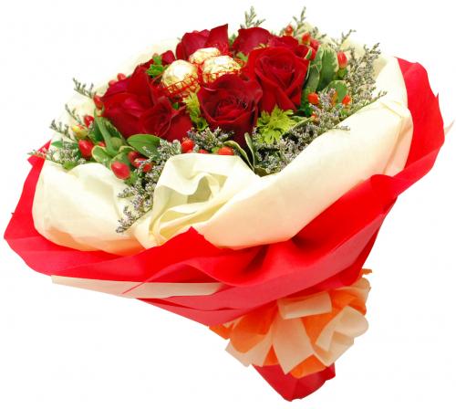 Flowers With Ferrero Rocher Hand Bouquet 09