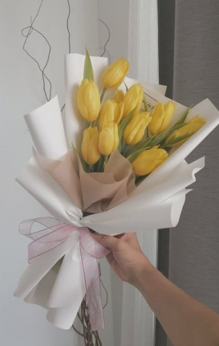 Tulips Bouquet - Yellow