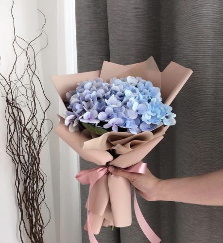 Hydrangea Bouquet (Pink/Blue)