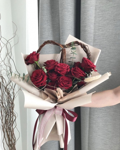 Red Roses with Wreath
