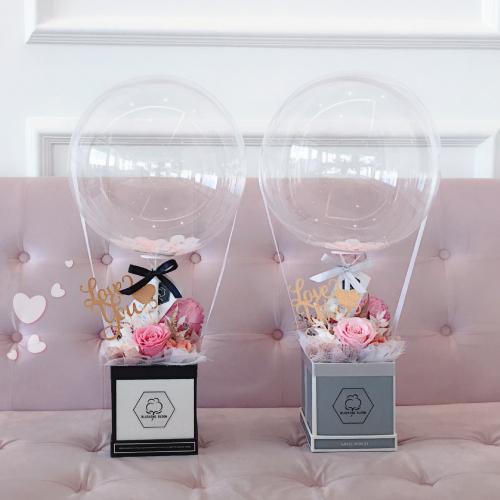 FIRST LOVE : BALLOON & FLOWER BOX