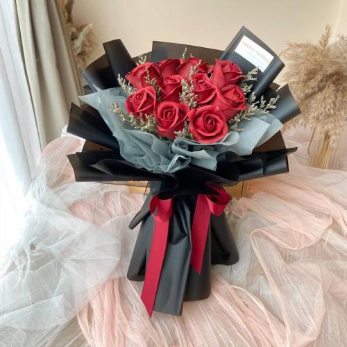 Victoria Soap Flower Bouquet