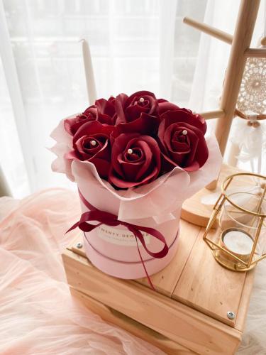 Charlotte Soap Flower Box