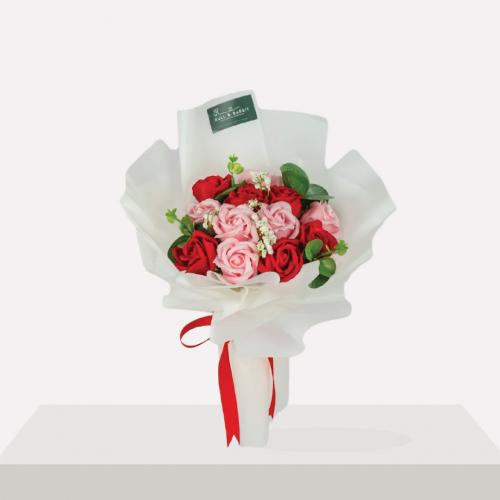 Alicia Soap Flower Bouquet