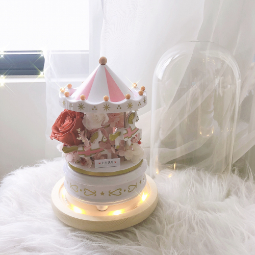 Preserved Flower: Fairytale in Glass Dome (Pink)