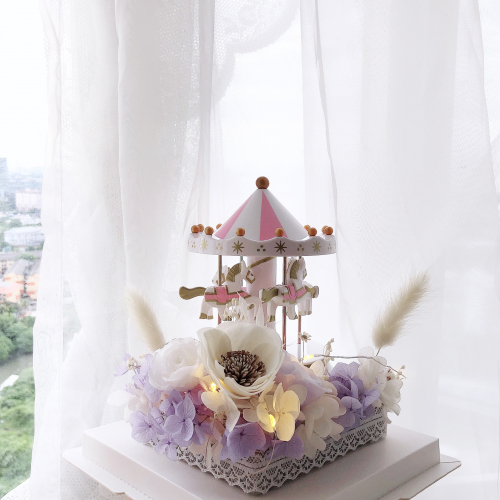 Preserved Flower: Merry Go Round Box (Purple)