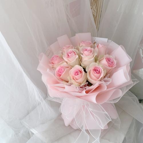 Sweet Pink Roses | 10 stalks