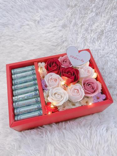 Soap Flower Cash Box Surprise (Soap Rose)