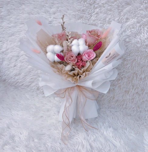 Pink Blush (Preserved Flower Bouquet)
