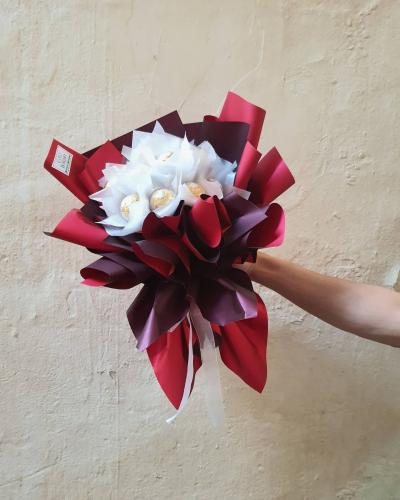 12 pcs ferrero rocher bouquets