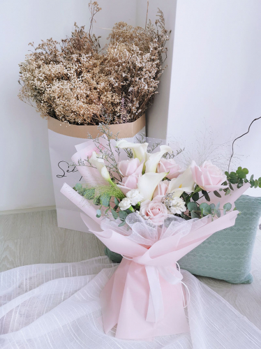 Calla (Calla lilies & roses)