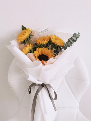 Sunflower 5 stalks
