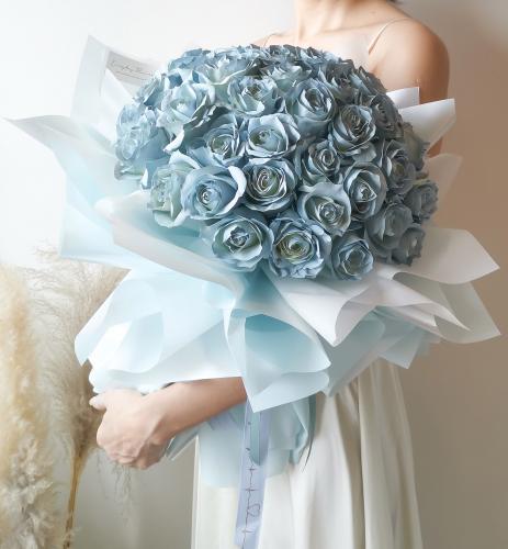 50 stalks Blue Roses