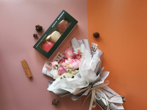 Macaron & Soap Flower Set