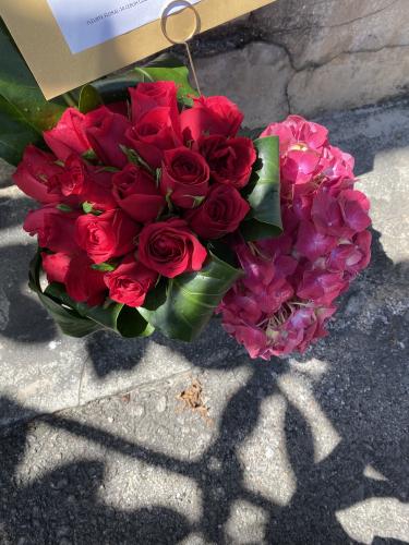 L'Rouge In Vase