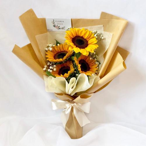 Sunflowers & Baby Breath