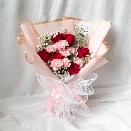 MOTHER'S DAY- ISABELLE: Red Roses & Pink Carnations