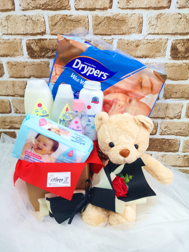 New Born Baby Johnson's Set Drypers With Teddy Bear