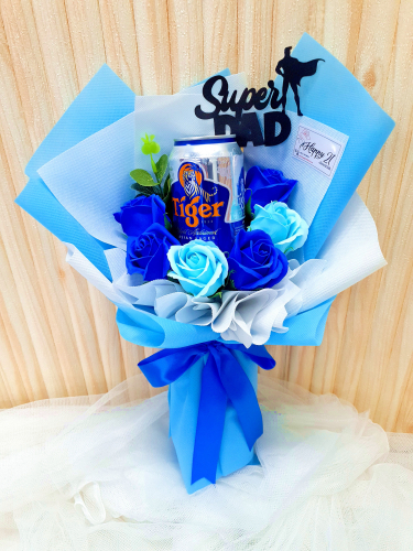 Father's Day 2020 Blue Soap Flower With Beer Bouquet