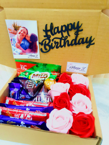 Mix Soap Roses With Chocolates Gift Box