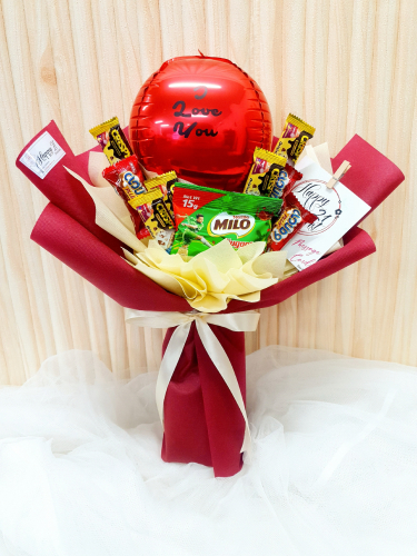 Mix Chocolate With Balloon Bouquet