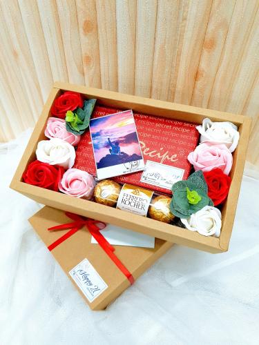 Mix Soap Rose Ferrero Rocher With Secret Recipe Cake Box